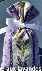 Petit sachet de fleurs de Lavande rayure lavande fond mauve