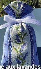 Petit sachet de fleurs de Lavande rayure lavande fond bleu