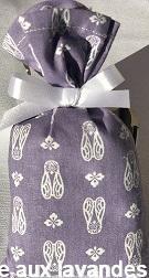 Petit sachet de fleurs de Lavande motif cigale fond mauve