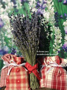 Bouquet nœud & sachets rouges a