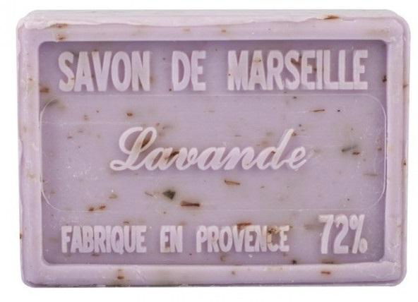 Savons de Marseille avec fleurs